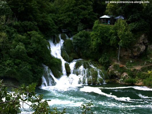 Vodopád vodopád obrázek pro radost a relaxaci